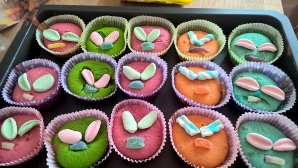 """Power Rangers cupcakes"""